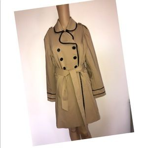 ELLE Tan trench coat